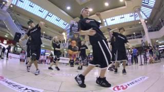 Выступление команды Heelys в торговом центре(Кроссовки Heelys http://indada.ru/category/heelys., 2013-04-29T03:19:11.000Z)