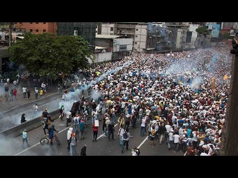 Venezuela opposition calls for new protests after deadly clashes