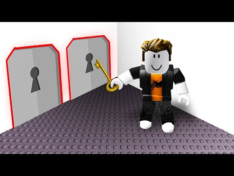 TRY TO ESCAPE THE ROOM! (Roblox)