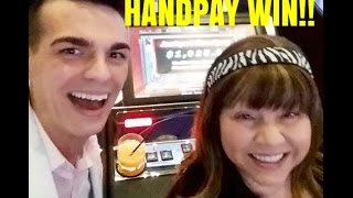 HANDPAY!! HIGH LIMIT SLOT MACHINE GROUP FUN AT THE COSMOPOLITAN!(HANDPAY!! HIGH LIMIT SLOT MACHINE GROUP FUN AT THE COSMOPOLITAN! Like Vegas Slot Videos by Dianaevoni on Facebook: ..., 2016-07-04T20:17:31.000Z)
