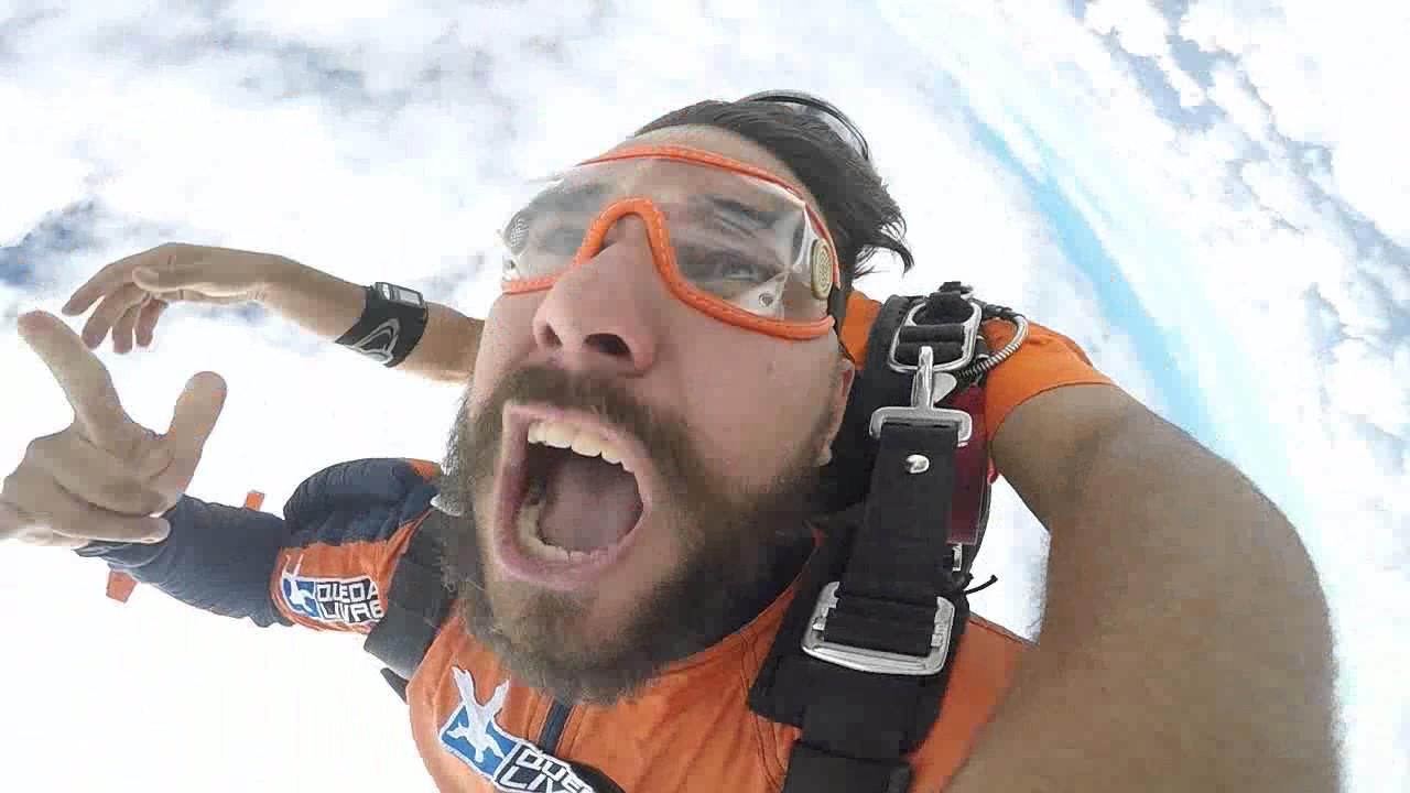 Salto de Paraquedas do Fernando na Queda Livre Paraquedismo 15 01 2017