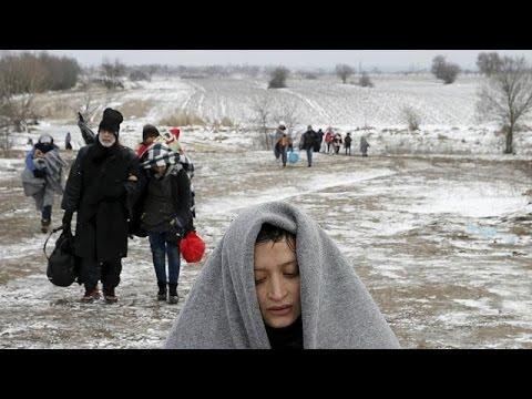 Mültecilerin Yunanistan'dan çıkış Kapıları Daralıyor