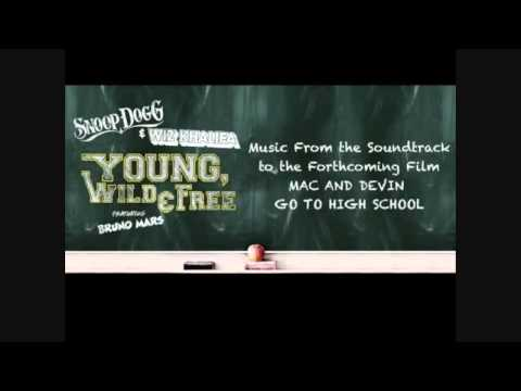 Snoop Dogg & Wiz Khalifa - Young, Wild & Free