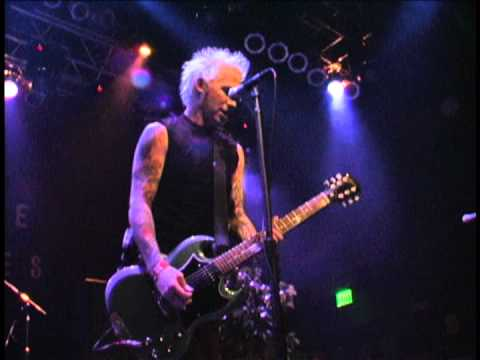 Mest - The Show Must Go Off - Live @ The House Of Blues [DvdRip] (part 1)