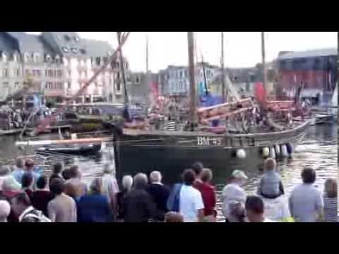 L'arrivée des bateaux - Paimpol 2013 - Festival du Chant de Marin
