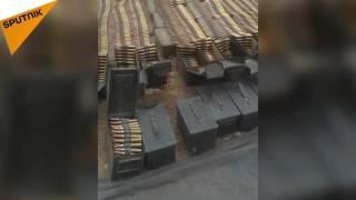 بالفيديو...شاهد الأسلحة التي كانت تتجه إلى الدواعش في البادية السورية