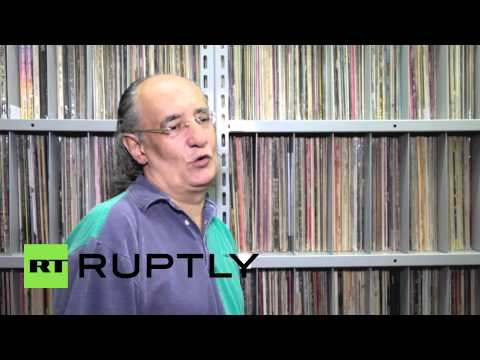 Brazil: This man has a world-record SIX MILLION vinyl in his shed