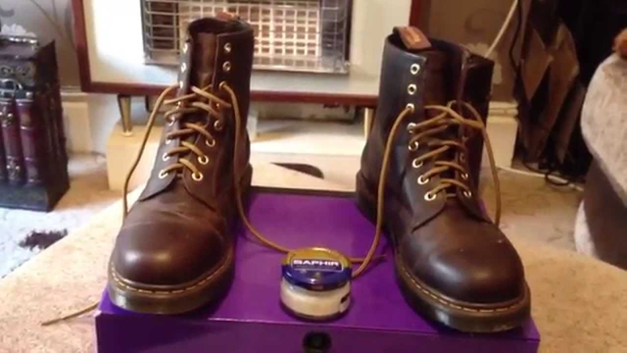 82d9d72535fe3 DR MARTENS 1460 AZTEC CRAZY HORSE   FAUX LEATHER CLEANING TIP - YouTube