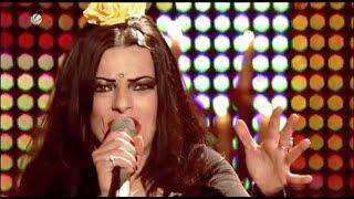 """NINA HAGEN 2009 """"Für mich soll's Rote rosen regnen"""" live on GERMAN TV"""