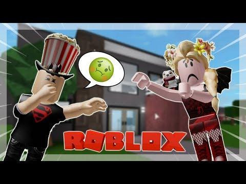 IL TROUVE MA MAISON HORRIBLE ! GRRRR - Roblox