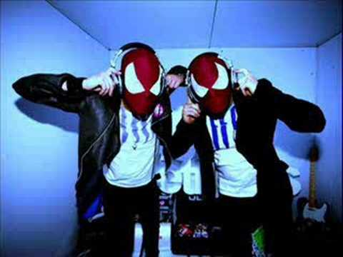 The Bloody Beetroots  dimmakmmunication