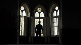 Opuszczony pałac na odludziu - PIĘKNO W CIEMNOŚCI - Urbex