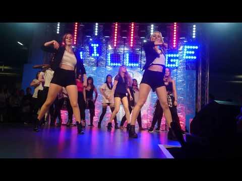 Gamescom Dance Group