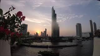 バンコクチャオプラヤー川近辺に建つホテルとしては御三家の一つ マンダリンオリエンタル・ペニンシュラ・シャングリラ マンダリンオリエン...