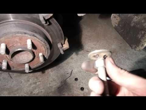 Замена задних тормозных колодок форд фокус 3