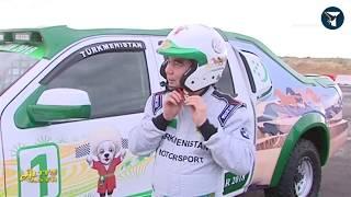 رئيس تركمانستان يتفوق على محترفين في سباق للسيارات!