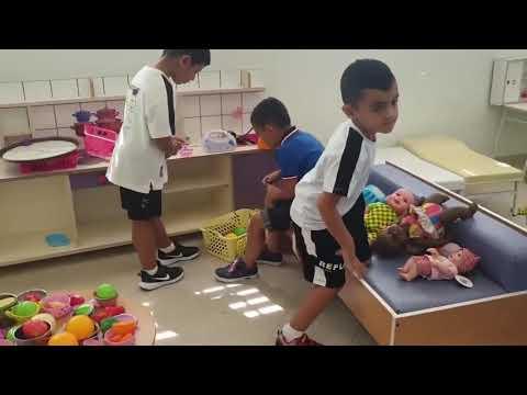 """مشروع """"لحظاتنا الحلوة"""" يرافق الأطفال بلحظاتهم الحلوة كمان اثناء افتتاح السنة الدراسية الجديدة"""