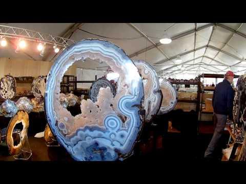 Tucson Gem, Mineral & Fossil Show 2017 (HD)