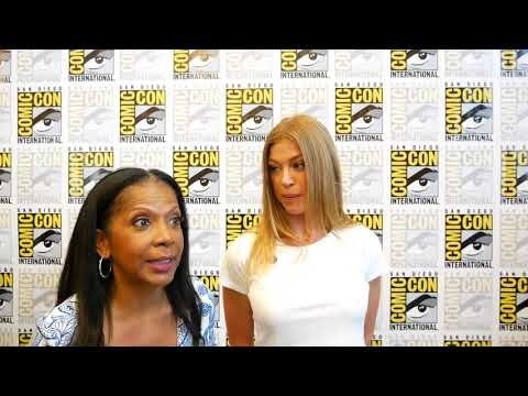 Adrianne Palicki and Penny Johnson Jerald The Orville At Comic Con