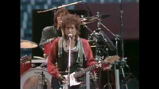 Bob Dylan - Rainy Day Women #12 & 35 (Live at Farm Aid 1986)