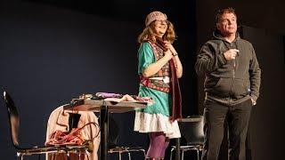 Teatr Podaj Dalej: spektakl