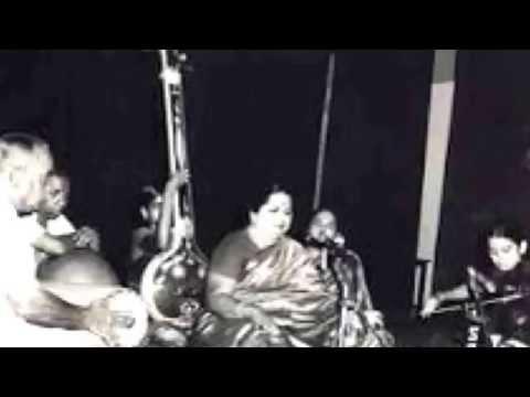 Nadupai-Madhyamavathi-MLV