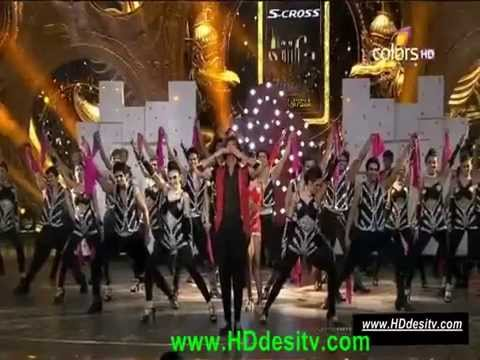Showing Hrithik Roshan in ceremony iifa 2015