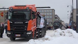 Зачем финны катаются в кузове грузовика?