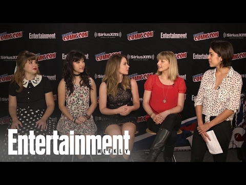 'The Powerpuff Girls' Cast & Writer On Making The ,  Pen Pals & More  Entertainment Weekly