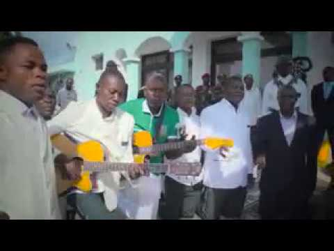 T l charger ggki na lingiyo yo nzambe na nga mp3 gratuit for Dans banga paroles