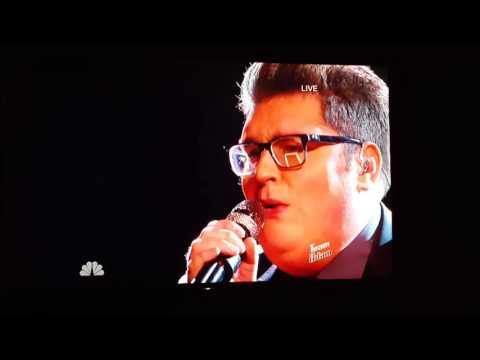 Jordan Smith does Beyonce's Halo better than Beyonce on The Voice!