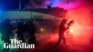 Italy: protesters against Covid-19 restrictions clash with riot police in Rome