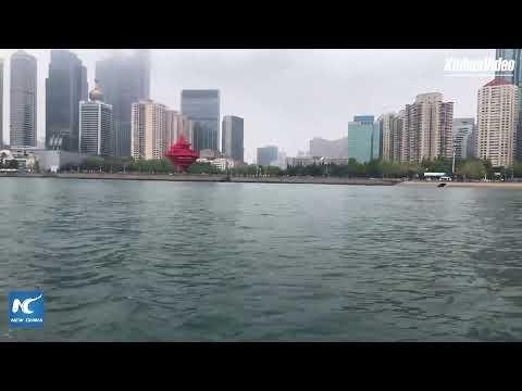 LIVE: Cruising the bay area in Qingdao, E China