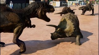 Jurassic World Evolution - 2 Triceratops & 2 T-Rex Breakout & Fight! (1080p 60FPS)