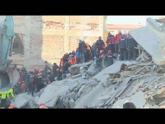 <span class='as_h2'><a href='https://webtv.eklogika.gr/toyrkia-seismos-toylachiston-21-nekroi-toys-1-030-efthasan-oi-traymaties' target='_blank' title='Τουρκία-σεισμός: Τουλάχιστον 21 νεκροί, τους 1.030 έφθασαν οι τραυματίες'>Τουρκία-σεισμός: Τουλάχιστον 21 νεκροί, τους 1.030 έφθασαν οι τραυματίες</a></span>