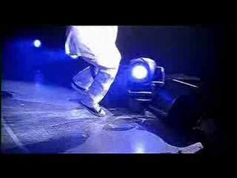 if-you-crip-throw-it-up---dr.-dizzy-(crip-walk-music-video!)
