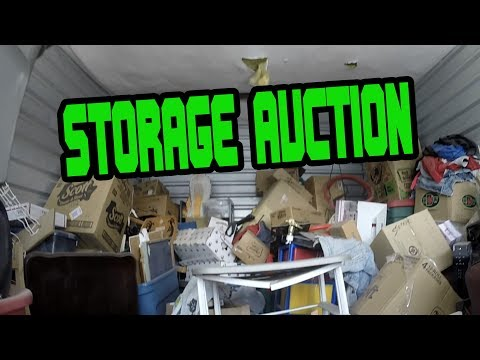 I BOUGHT A STORAGE AUCTION LOCKER & THIS HAPPENED