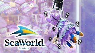 Fortnite and squishy claw machines at SeaWorld arcade!