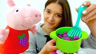 Детское видео. СВИНКА ПЕППА новая серия!  Как Peppa Pig готовит борщ из овощей Play-Doh. #Плюшики
