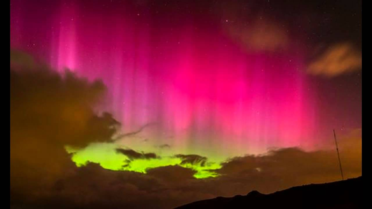 Southern Lights Amazing Pink Aurora Seen In Skies Above New Zealand You