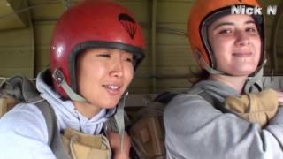 Первый прыжок с парашютом. Страх в лицах.