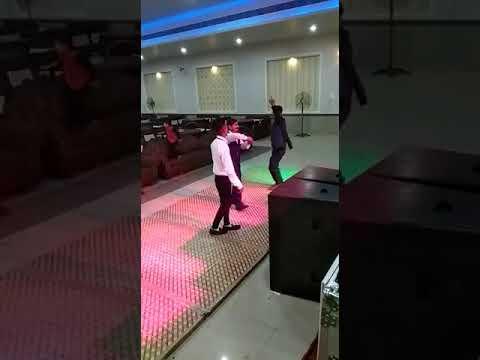 Bhangra much rkhi h anku & Dinesh  dance bro marriage