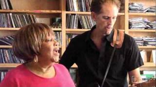 Mavis Staples - Only the lord knows, You