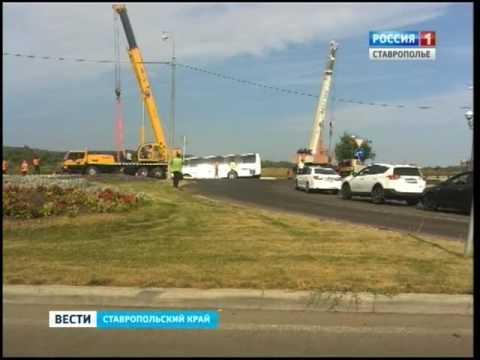 Автобус сошел с трассы в районе Минеральных Вод