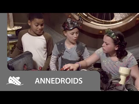 Annedroids - On Set With The Cast