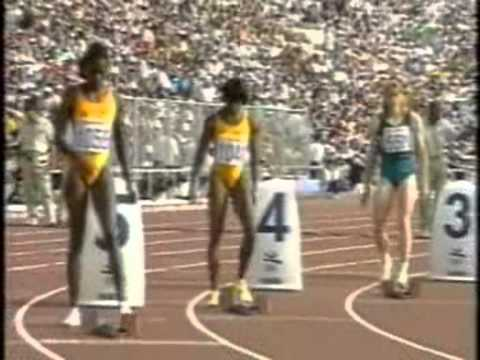 BARCELONA 92 Women's 200m final with Gwen Torrence, Merlene Ottey, Cuthbert and Privalova