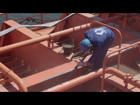 Marine on-board surface preparation - Graco EcoQuip2 EQp Vapour Abrasive Blasting