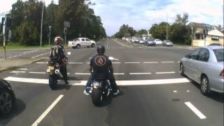 Harley Davidson vs Yamaha R6..... sort of