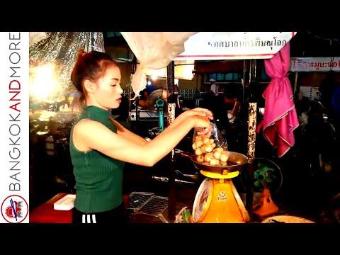 Thai Street Food Stalls @ Phitsanulok Night Food Market ❤🇹🇭
