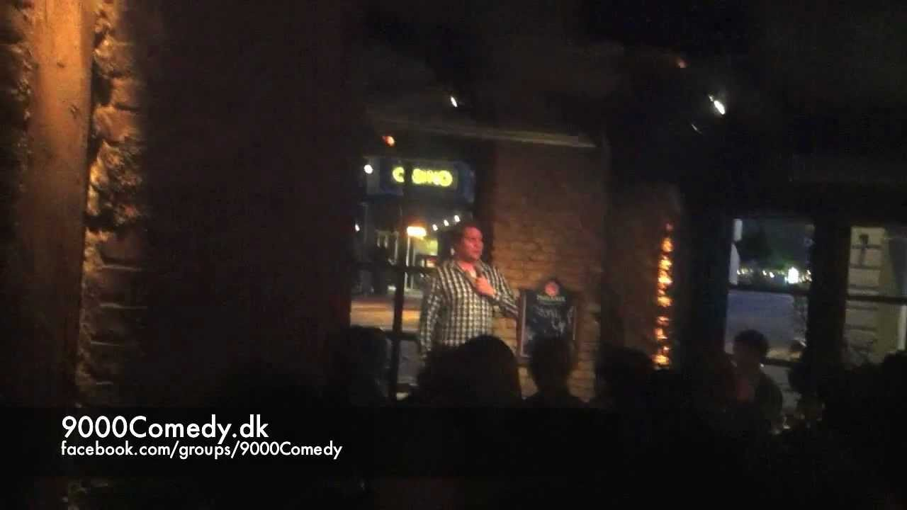 9000Comedy.dk - open mike stand-up comedy på Le Bar Bat